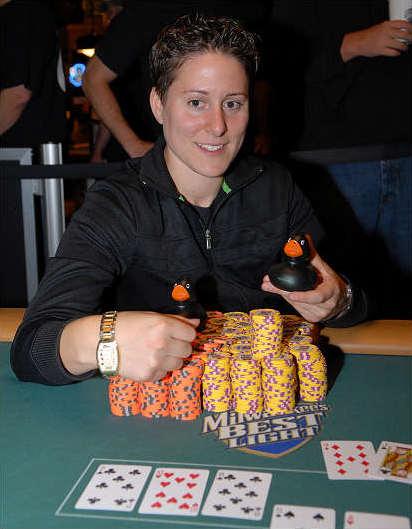 Vanessa Selbst, Pokerchips