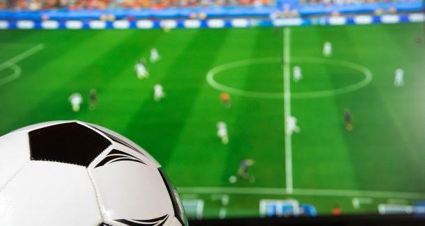 Fußball vor Fernseher