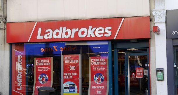 Ladbrokes Wettbüro Ladbrokes, North End Road, London