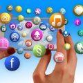 Hände, mobile Apps, Smartphone