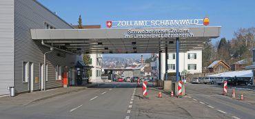 Landesgrenze Schaanwald, Straße