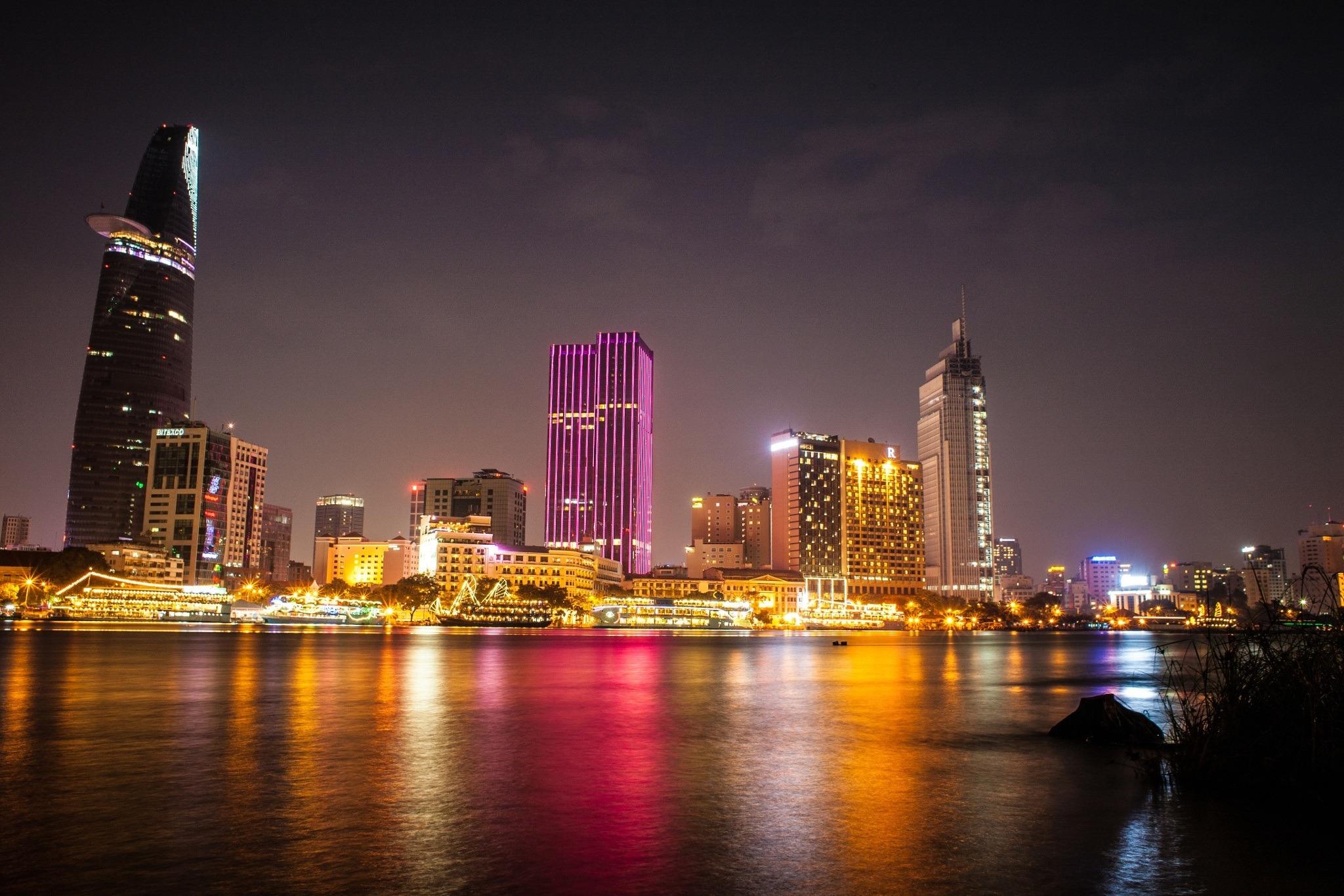 Ho-Chi-Minh, Stadt, Wasser, Hochhaus