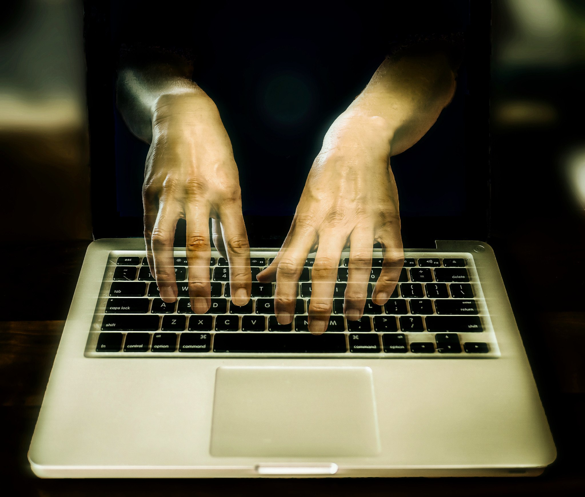 Cyper Criminality, Cyber Kriminalität, Identitätsdiebstahl