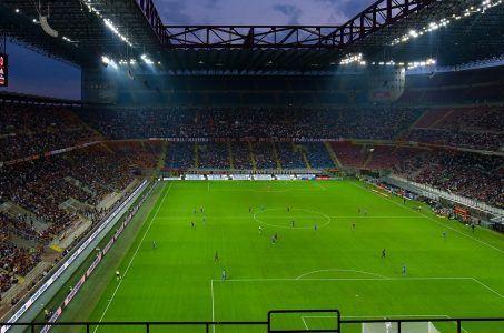 Auch die meisten Fußballspiele wurden abgesagt (Bild: Pixabay/ Clemens Teichmann) Fußballspiel