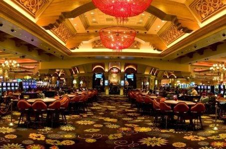 Casino, Spieltische, Leuchter