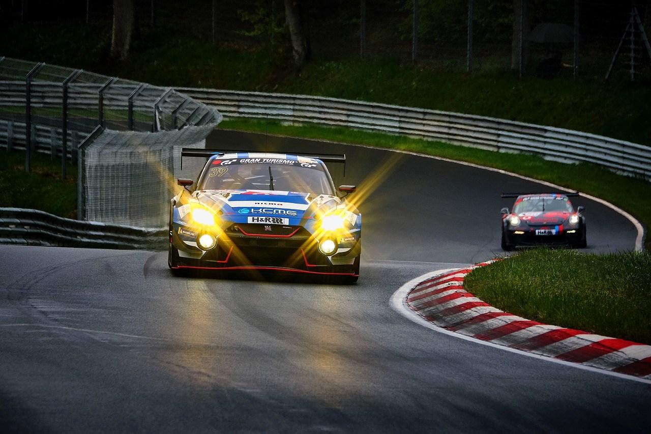 Autos auf dem Nürburgring