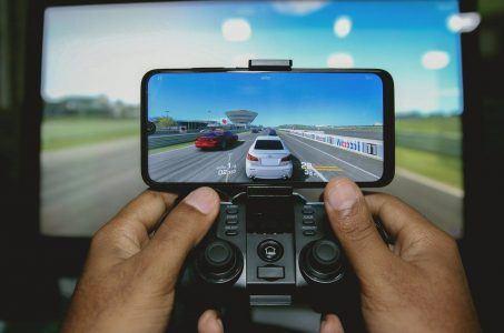 Hände, Controller, Monitor, Autos