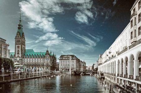 Hamburg Rathaus Fleet