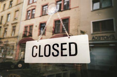 Schild Closed Geschäft