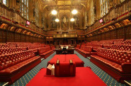 150 Mitglieder des Oberhauses sind in dem neuen Komitee (Bild: UK Parliament) House of Lords