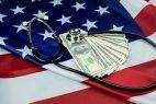 Stethoskop US Flagge Dollar