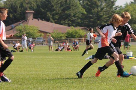 Jugendliche, Fußball, Kinder beim Sport