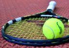 Tennisschläger, Tennisball