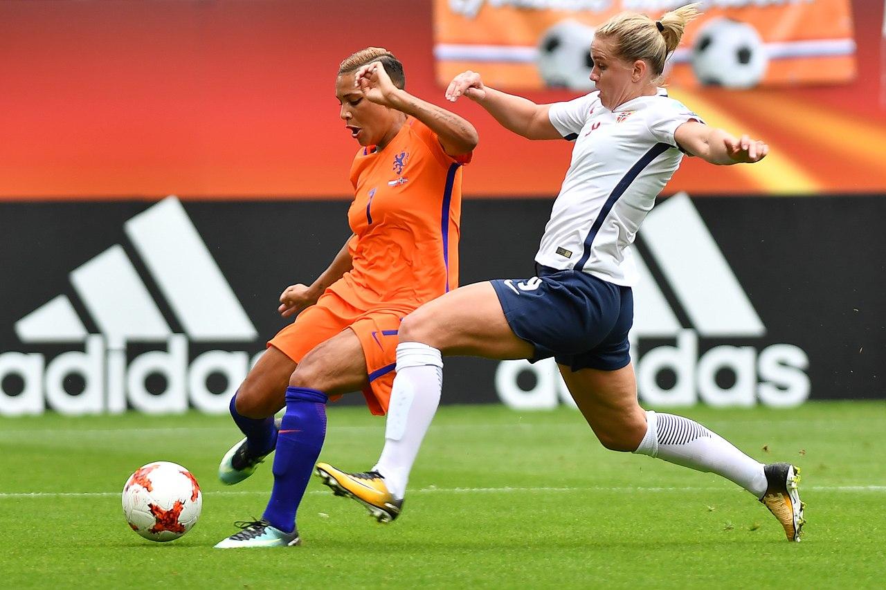 Frauen Fußballspielerinnen