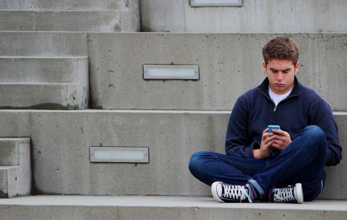 Jugendlicher Smartphone