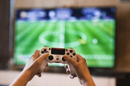 Hände Controller Videospiel