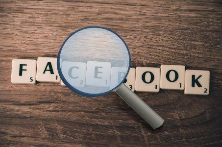 Facebook, Spielsteine, Lupe