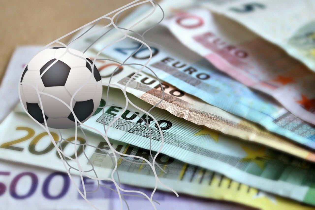 Banknoten, Fußball, Netz