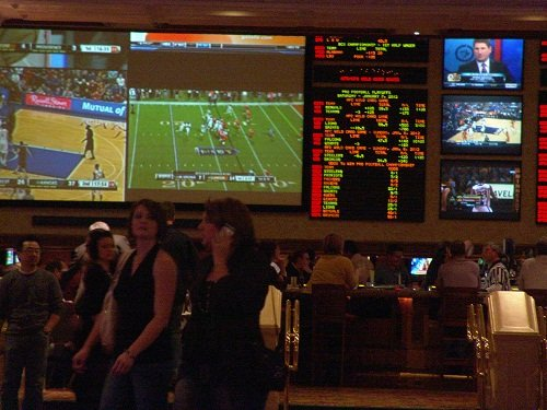 Best-Las-Vegas-Sports-Books-Mandalay-bay-smokey