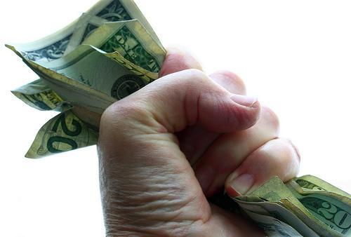 money-inequality-grabbing-more-pie