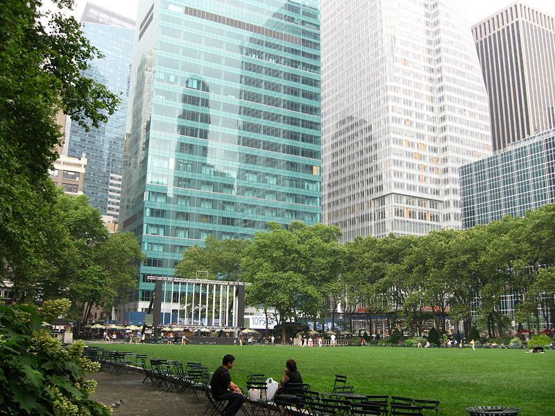 10-Bryant_Park_NYC_parks_0