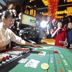 Vietnamese Gamblers Allowed to Play in One Local Casino