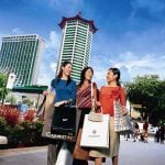 Non-Gaming Attractions Pull Singapore Tourists into Casinos