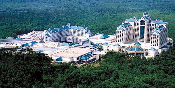 Indian casinos Native American casinos Foxwoods