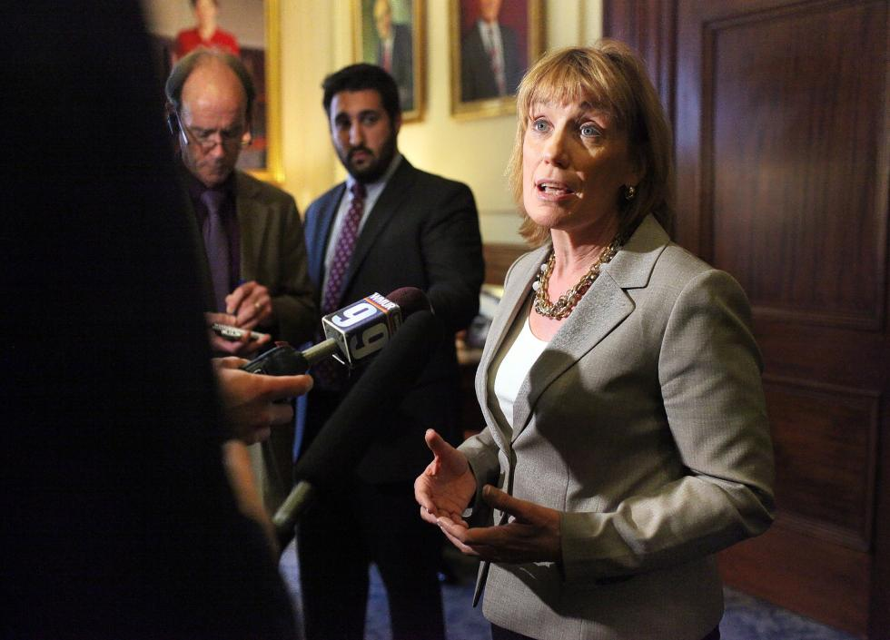 Gov.Maggie Hassan New Hampshire casino bill