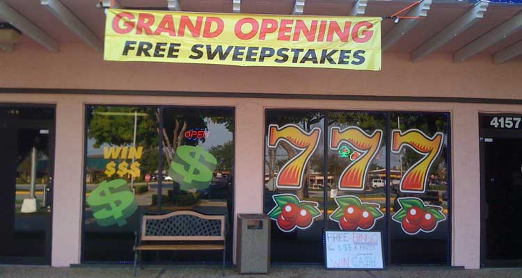 Sweepstakes cafes like these have been operating in California, but a new bill aims to shut them down. (Image: Internet Sweepstakes USA)
