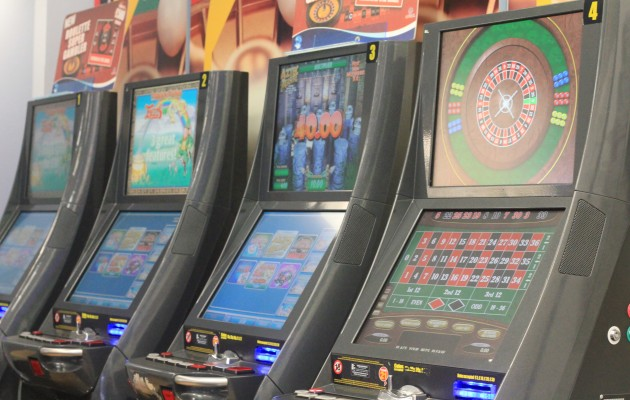 FOBT UK fixed-odds betting terminals