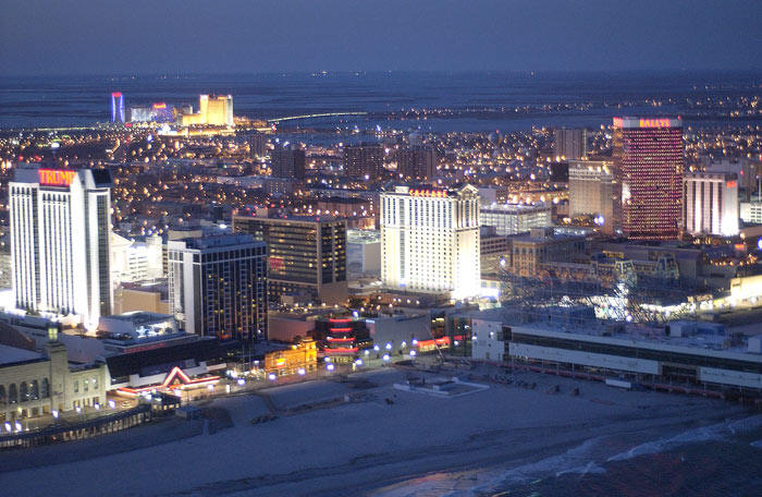 Atlantic City New Jersey online gambling revenue drop