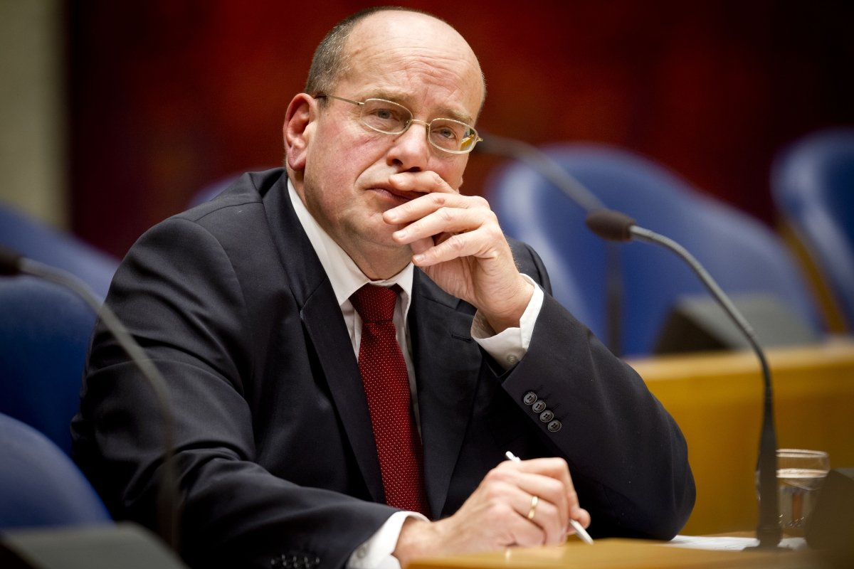 Dutch Secretary of State for Justice Fred Teeven, Holland, the Netherlands, online gambling, illegal advertisers