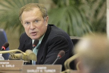 New Jersey, State Senator Ray Lesniak, legal sports betting