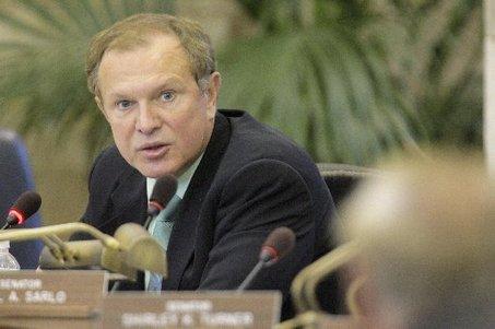New Jersey, State Senator Ray Lesniak, legal sports betting