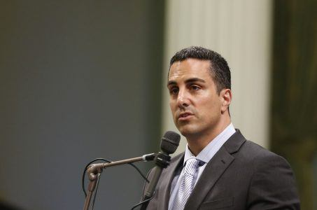 California Assemblyman Mike Gatto online poker bill