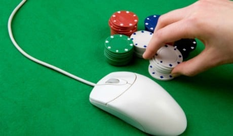 Report online gambling poker casino