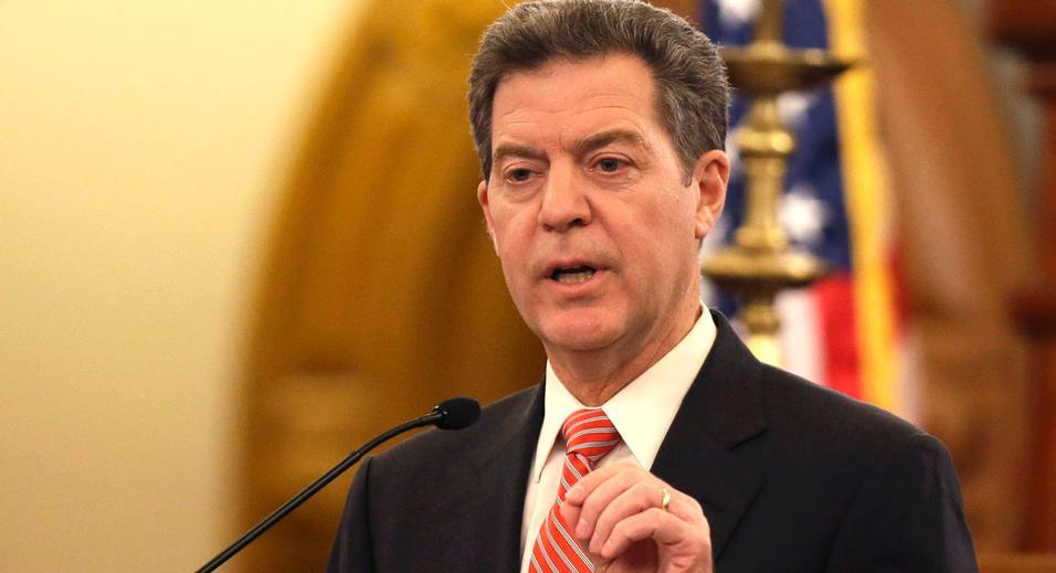Kansas Governor Sam Brownback, fantasy sports leagues