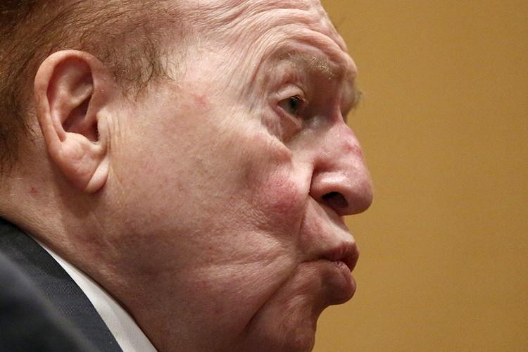 Sheldon Adelson, Las Vegas Sands, Macau, Triads