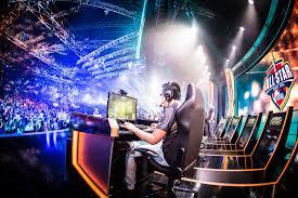 E-sports worth $1.9 billion by 2019