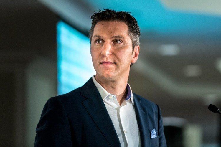 Amaya CEO David Baazov stock grab