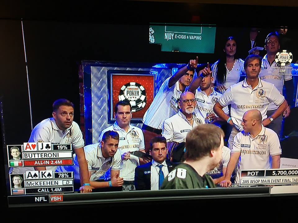 November Nine 2015 WSOP final table Day One play