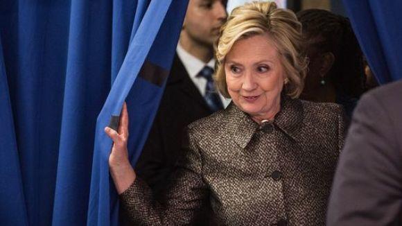 politics and gambling 2015 Hillary Clinton