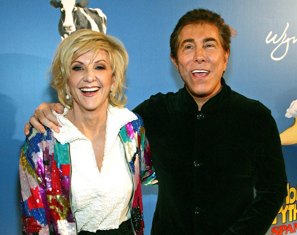 Steve Wynn with his ex-wife Elaine Farrell Pascal