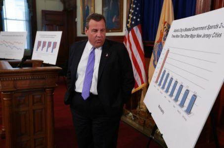 Chris Christie New Jersey Atlantic City financial crisis