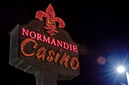 Normandie Casino to Close