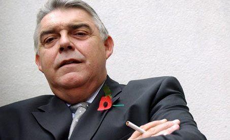 William Hill COE Gareth Davies Rejects accquisition bid
