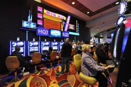 New York slots player Resorts World