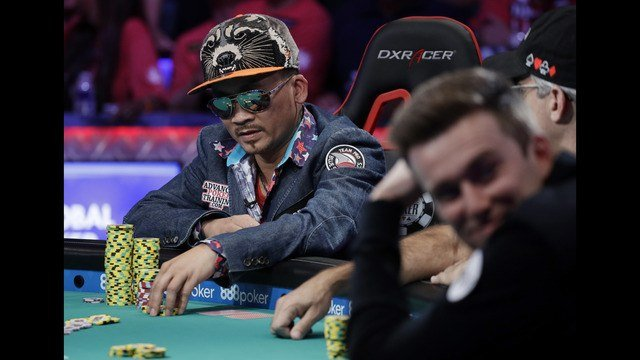 world series of poker 2016 main event sees qui nguyen win. Black Bedroom Furniture Sets. Home Design Ideas
