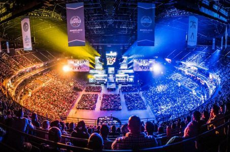 Esports and other global gambling trends in 2016